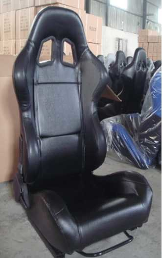 Black PVC Leather Comfortable Racing Seats With Harness OEM / ODM Welcome